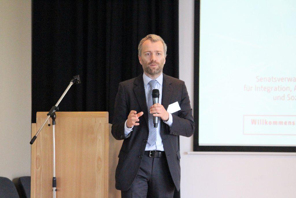 Thematische Einführung Dr. Christian Pfeffer-Hoffmann, Minor