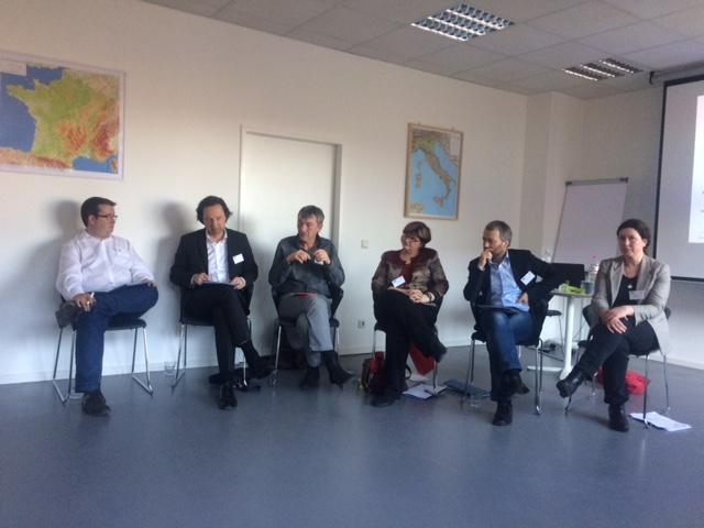 Podiumsdiskutanten des Forschungsworkshops Transnationales Arbeiten 2017