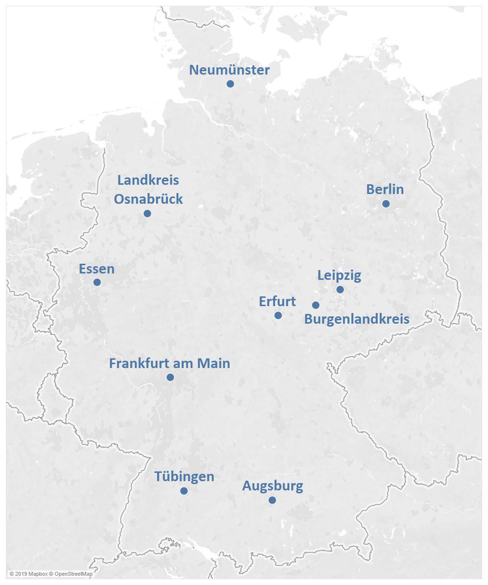 Die Modellkommunen wurden so ausgewählt, dass sie in Bezug auf die Größe, die Zusammensetzung der Bevölkerung, die geografische Lage sowie die politische Führung einen ausgewogenen Querschnitt darstellen. Berlin, Essen, Leipzig, Tübingen sowie der Landkreis Osnabrück waren bereits im Vorläuferprojekt Vote D – Teilhabe von Menschen mit Migrationshintergrund an der Bundestagswahl 2017 beteiligt.